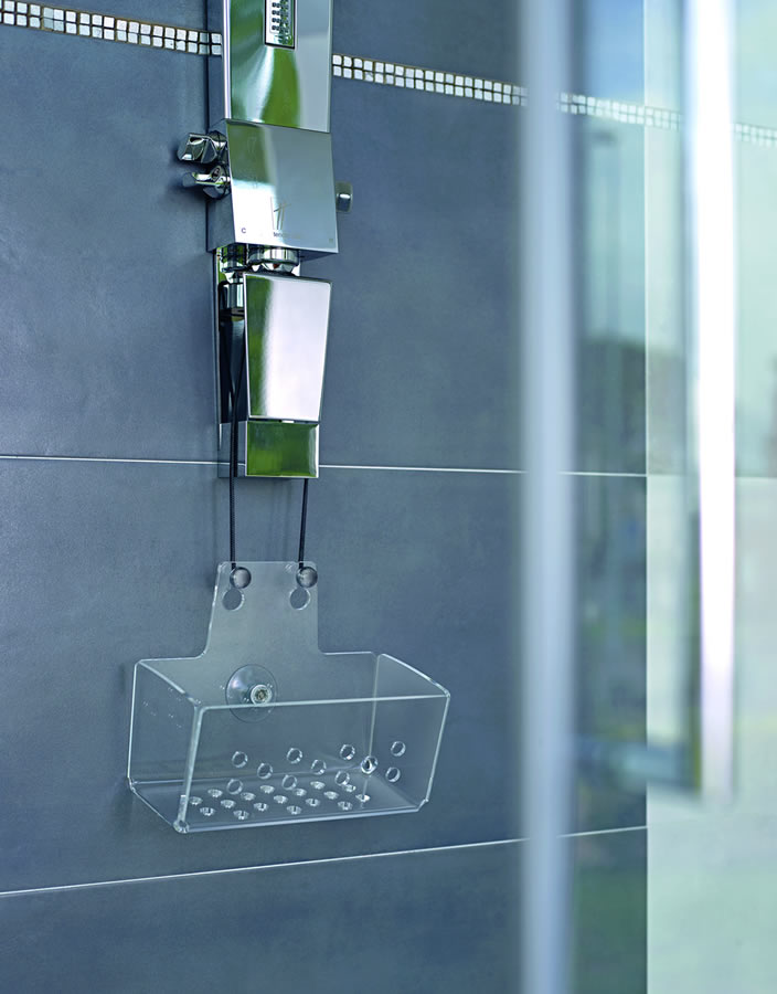 Los contenedores para duchas de dise o itaca design ba os for Rinconeras para ducha