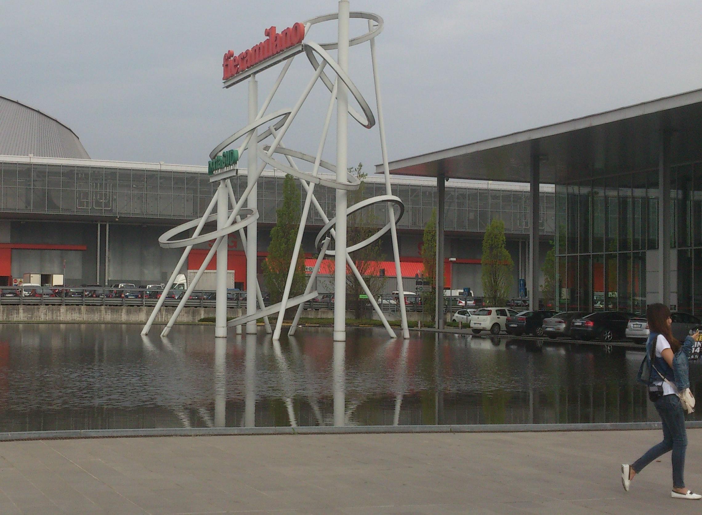 Imágen de la entrada de la Feria de Milan