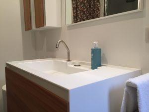Mueble de baño en Corian